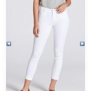 Stitch fix Lila Ryan Dorianna cropped white jeans